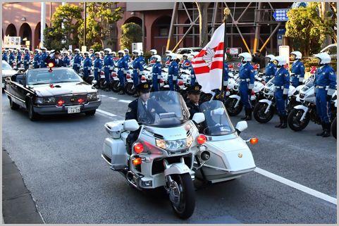 キャリア警察官とノンキャリアの収入差は倍以上