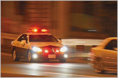 警察のスピード取締りから逃げることは可能か?