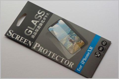 100均「スマホ保護シート」ガラスタイプを選ぶ