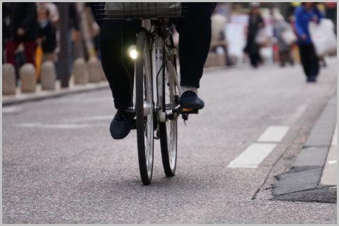 自転車の右側通行は「通行禁止違反」で赤キップ