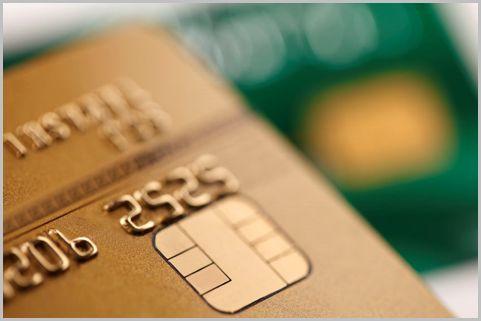 年会費無料のゴールドカードを手に入れる方法