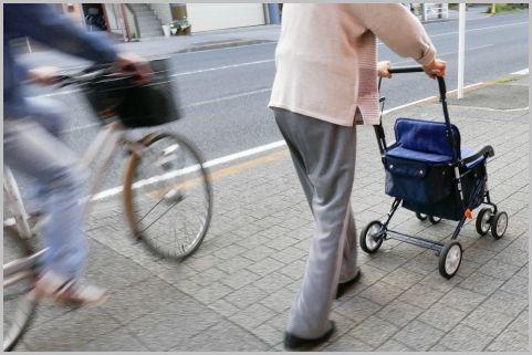 自転車運転「危険行為」に該当する14の違反とは