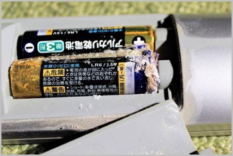 乾電池「液漏れ」に使える意外な100均アイテム