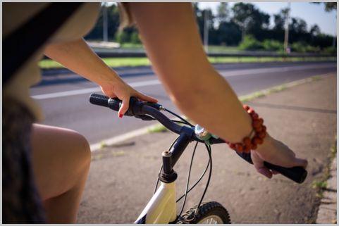自転車は左側通行を守らないといきなり赤キップ