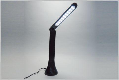 LEDライトスタンド型カメラで遠隔モニタリング