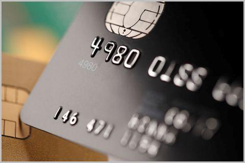 JCBの「ブラックカード」年会費の元は取れる?