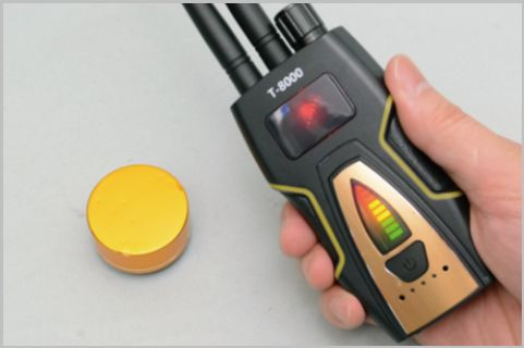 盗撮カメラも見つけられる盗聴発見器が5千円!