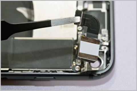 iPhoneカメラ交換の難易度はそれほど高くはない