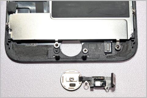 故障したiPhoneのホームボタンを自力で修理する