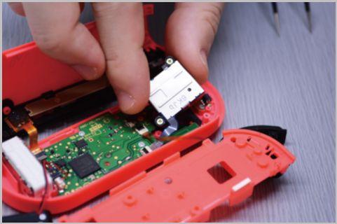 Nintendo Switchのジョイコンを自力で修理する